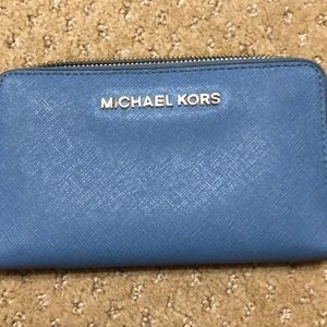 Michell kors blue wallet